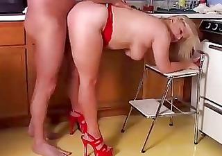 porno-v-kuhne-onlayn